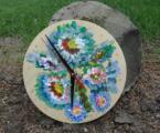 ceas-lemn-pictat-de-perete