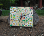 ceas-lemn-pictat-perete-2
